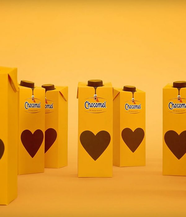 melkpak mockup dummy packaging chocomel 2